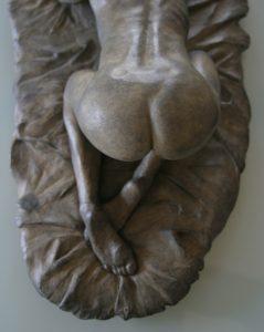 ava bronze plinth